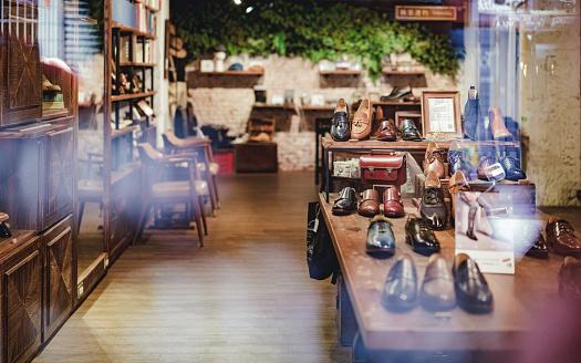 Shoe Store「Boutique shoe store」:スマホ壁紙(19)