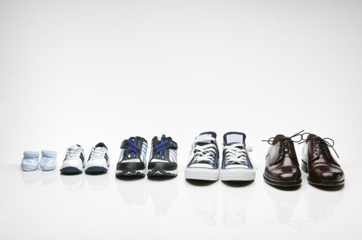 Shoe「Various shoes in a row」:スマホ壁紙(16)