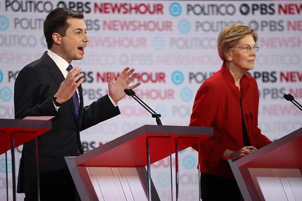 Justin Sullivan「Democratic Presidential Candidates Participate In Last Debate Of 2019」:写真・画像(11)[壁紙.com]