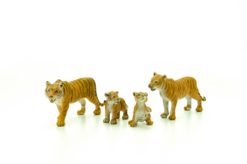 Tiger「Tiger figurines」:スマホ壁紙(19)