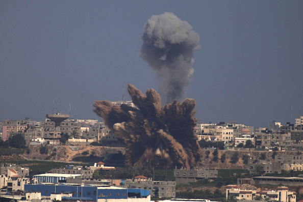 Gaza Strip「Tensions Remain High At Israeli Gaza Border」:写真・画像(1)[壁紙.com]