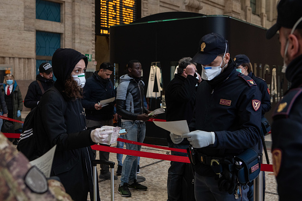 Station「Italy Clamps Down On Public Events And Travel To Halt Spread Of Coronavirus」:写真・画像(2)[壁紙.com]