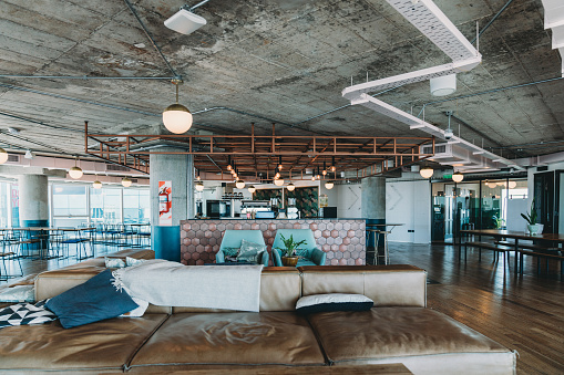 New Business「A luxury empty coworking studio with a shared bar counter and a relax area」:スマホ壁紙(3)