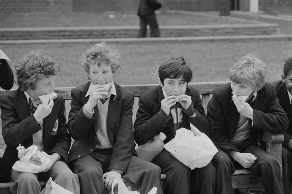 Outdoors「School children」:写真・画像(14)[壁紙.com]