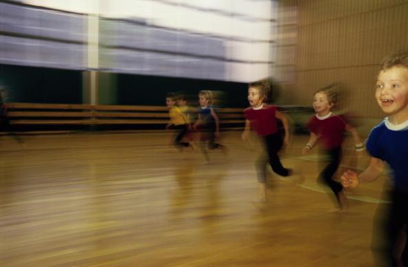 Blurred Motion「Happy Children」:写真・画像(11)[壁紙.com]