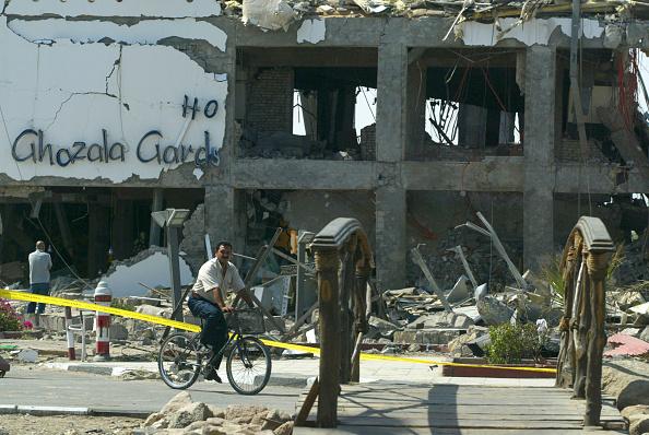 Uriel Sinai「Three Bombs Kill At Least 83 In Egyptian Resort Of Sharm El-Sheikh」:写真・画像(0)[壁紙.com]