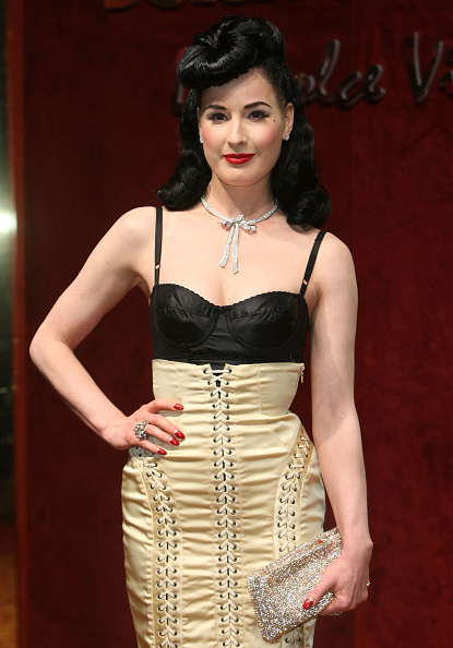 Tied Knot「Cannes 2008: Dolce & Gabbana Party – Arrivals」:写真・画像(7)[壁紙.com]