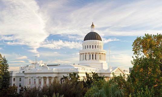 Politics「Sacramento, California capitol building」:スマホ壁紙(19)
