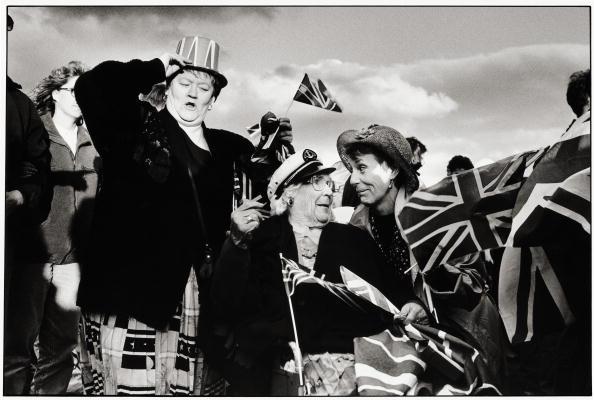 Tom Stoddart Archive「VE Day」:写真・画像(14)[壁紙.com]