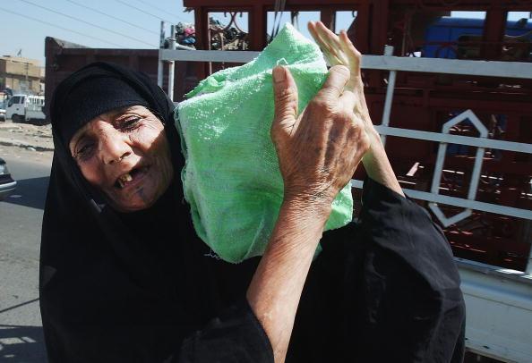 Heat - Temperature「Iraqis Stock Up On Ice As Temperatures Soar」:写真・画像(13)[壁紙.com]