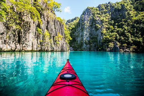 Lagoon「Kayaking excursion through the Philippines」:スマホ壁紙(16)