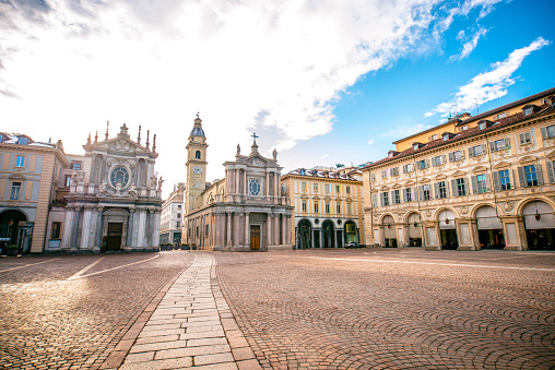 Bell Tower - Tower「Main View of San Carlo Square and Twin Churches, Turin」:スマホ壁紙(3)