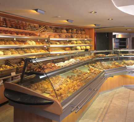 Sale「New bakery store indoor showing fresh baking goods」:スマホ壁紙(2)