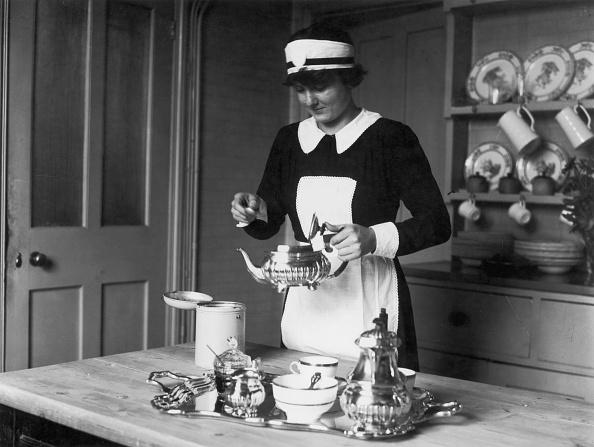 Austrian Culture「Maid At Work」:写真・画像(5)[壁紙.com]