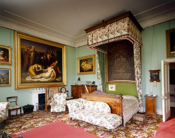 Bedroom「Queen Victoria's Bedroom, Osborne House, c1990-2010」:写真・画像(6)[壁紙.com]