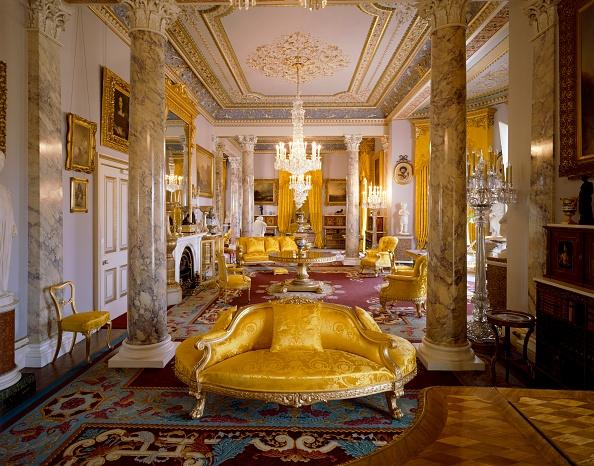 Gold Colored「Osborne House, c1990-2010」:写真・画像(6)[壁紙.com]