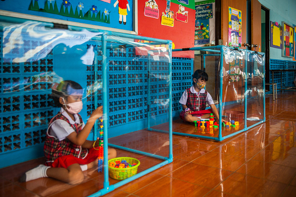 Education「Thailand Impose Restrictions As Coronavirus Cases Rise」:写真・画像(12)[壁紙.com]