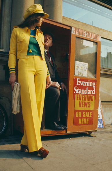 Fashion「Yellow Trouser Suit」:写真・画像(9)[壁紙.com]