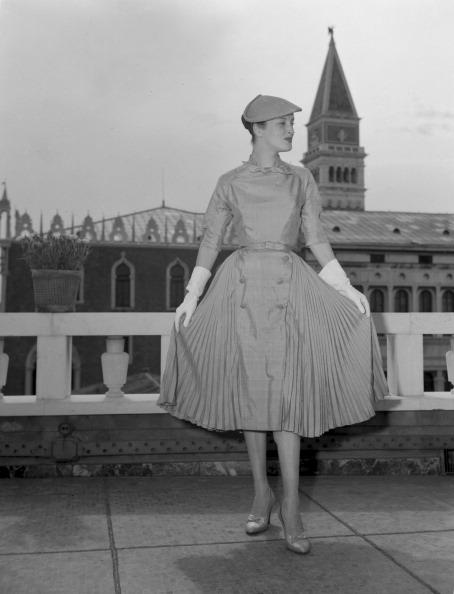 Skirt「From The Terrace」:写真・画像(3)[壁紙.com]