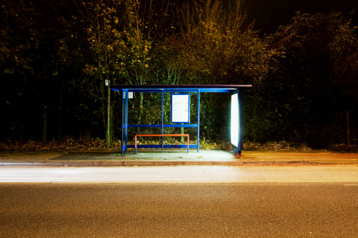 Bus Stop「Illumnated bus stop」:スマホ壁紙(18)