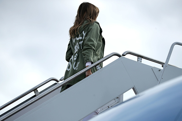 Jacket「First Lady Melania Trump Visits Immigrant Detention Center On U.S. Border」:写真・画像(3)[壁紙.com]