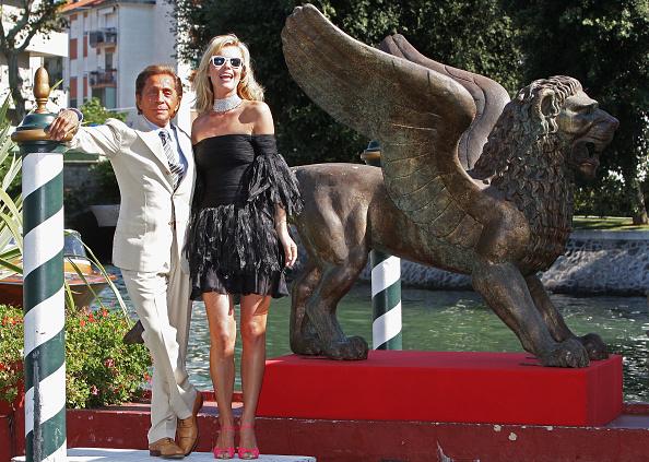Ankle Strap Shoe「65th Venice Film Festival: Valentino: The Last Emperor-Premiere」:写真・画像(19)[壁紙.com]
