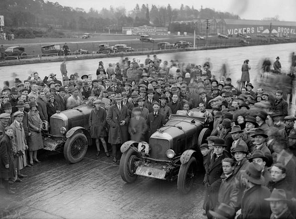 Bentley「Twelve Hour Race」:写真・画像(12)[壁紙.com]