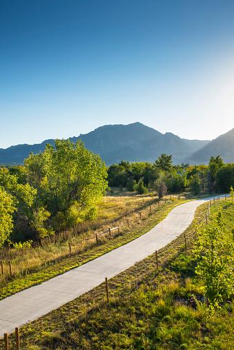 グリーン山脈「Pedestrian Walkway, Bike Path, Public Park, Green Mountain, Rocky Mountains, Boulder, Colorado」:スマホ壁紙(17)