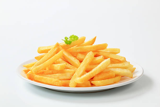 Plate of delicious looking French fries:スマホ壁紙(壁紙.com)