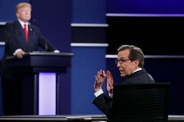 Fox Photos「Final Presidential Debate Between Hillary Clinton And Donald Trump Held In Las Vegas」:写真・画像(9)[壁紙.com]