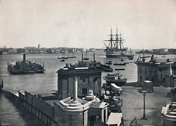General View「Portsmouth - General View Of The Harbour」:写真・画像(12)[壁紙.com]