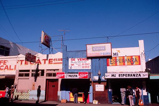 Mexico「Bars in Tijuana」:スマホ壁紙(10)
