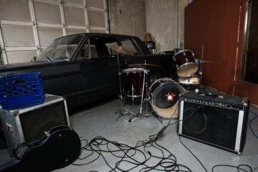 Rock Music「Garage band equipment」:スマホ壁紙(17)