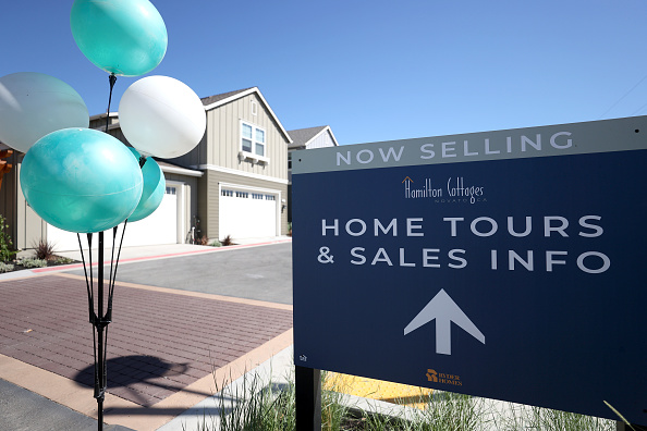 For Sale「August New Home Sales Rise To Highest Level Since 2006」:写真・画像(7)[壁紙.com]