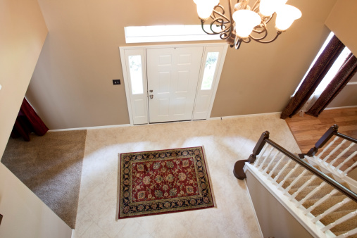Front Door「Lovely view from above of home entry and stairway」:スマホ壁紙(14)