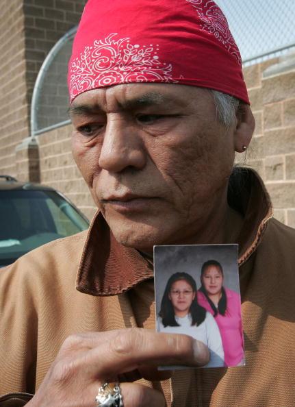 Scott Olson「Ten Dead In Minnesota School Shooting」:写真・画像(5)[壁紙.com]
