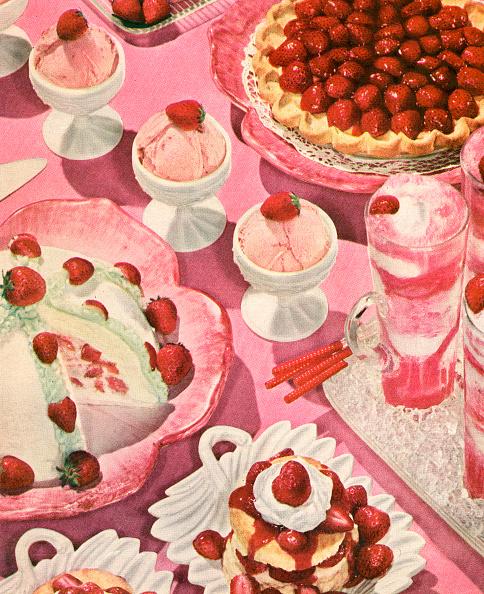 Dessert「Variety Of Strawberry Desserts」:写真・画像(9)[壁紙.com]