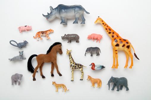 Tiger「Rhinoceros, giraffe, horse, duck, elephant, pig, tiger and leopard toys」:スマホ壁紙(7)