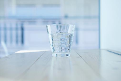 Drinking Glass「A glass of water.」:スマホ壁紙(11)
