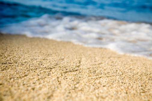 Water's Edge「USA, Hawaii, Kauai, North Shore, surf and sand (focus on sand)」:スマホ壁紙(15)