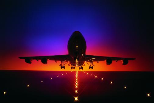 Airport Runway「Plane lifting off from runway at dusk」:スマホ壁紙(17)