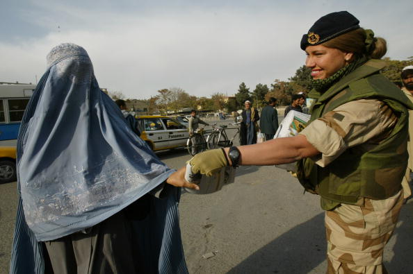 Traffic「Tension High In Afghanistan After Kidnappings」:写真・画像(19)[壁紙.com]
