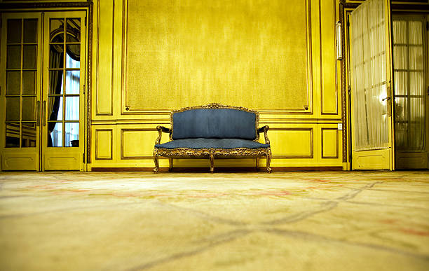 Blue Sofa:スマホ壁紙(壁紙.com)