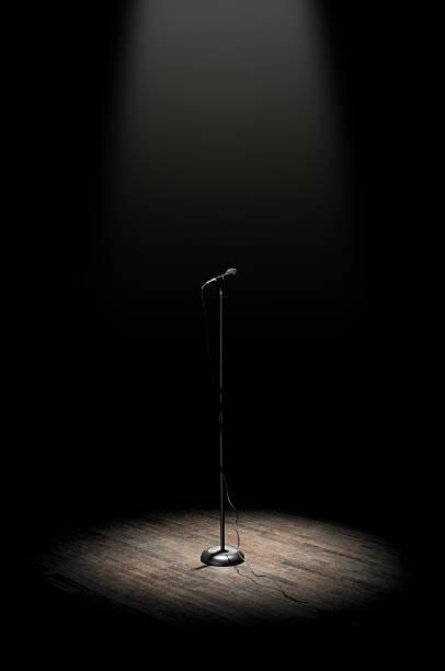 Stage Microphone:スマホ壁紙(壁紙.com)