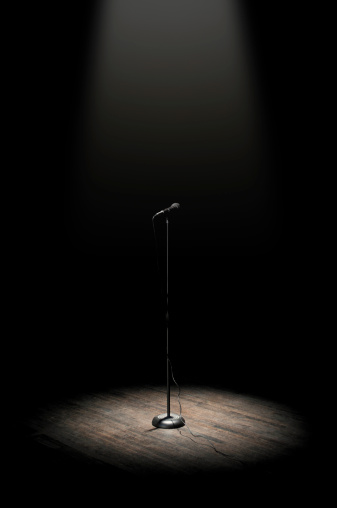 Spotlight「Stage Microphone」:スマホ壁紙(9)