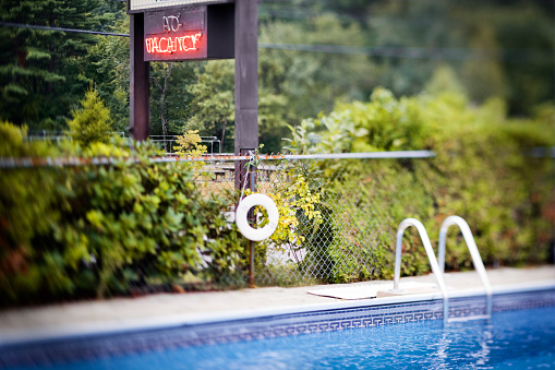 Motel「Motel Pool and Vacancy Sign」:スマホ壁紙(16)