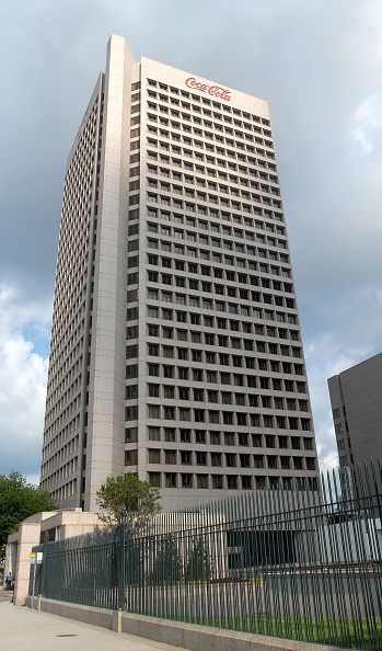 Headquarters「Suspects In Coke Case Appear In Court」:写真・画像(17)[壁紙.com]