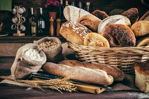 Bakery「Artisanal bakery:  Fresh mixed Bun, rolls and ingredients」:スマホ壁紙(16)