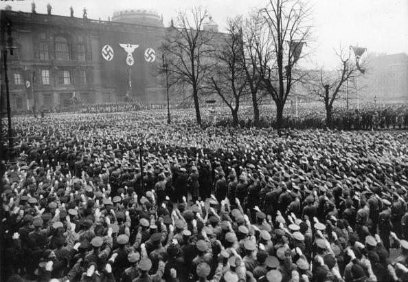 Third Reich「Inaugurating of leaders of the N,S,D,A,P, in the Lustgarten by Rudolf Hess, Berlin, Photograph, Around 1935」:写真・画像(14)[壁紙.com]