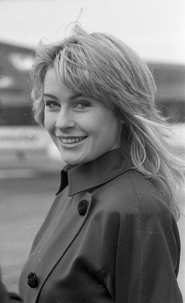 Participant「Miss Ireland Colette Jackson at Dublin Airport 1988」:写真・画像(9)[壁紙.com]